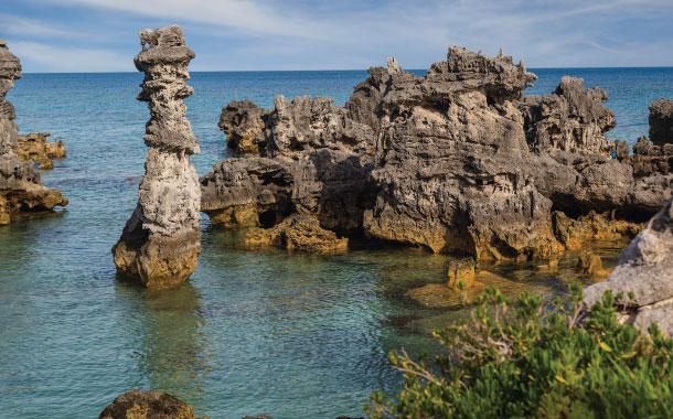 Columns of limestone, Tobacco Bay