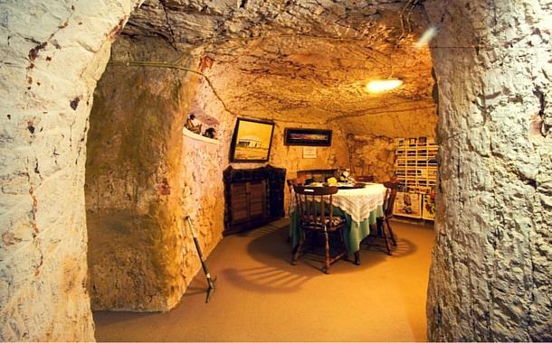 Coober Pedy, underground home