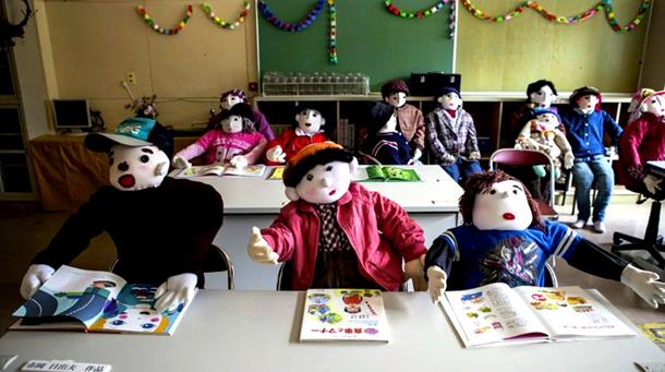Dolls occupying the classroom