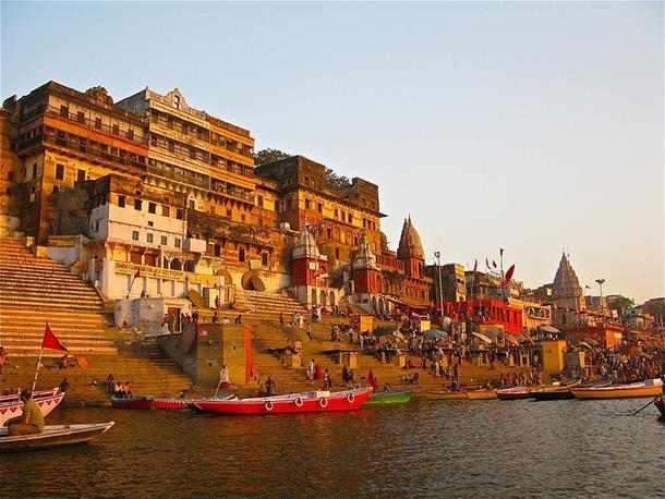 Kashi-Vishwanath-Temple-in-Varanasi