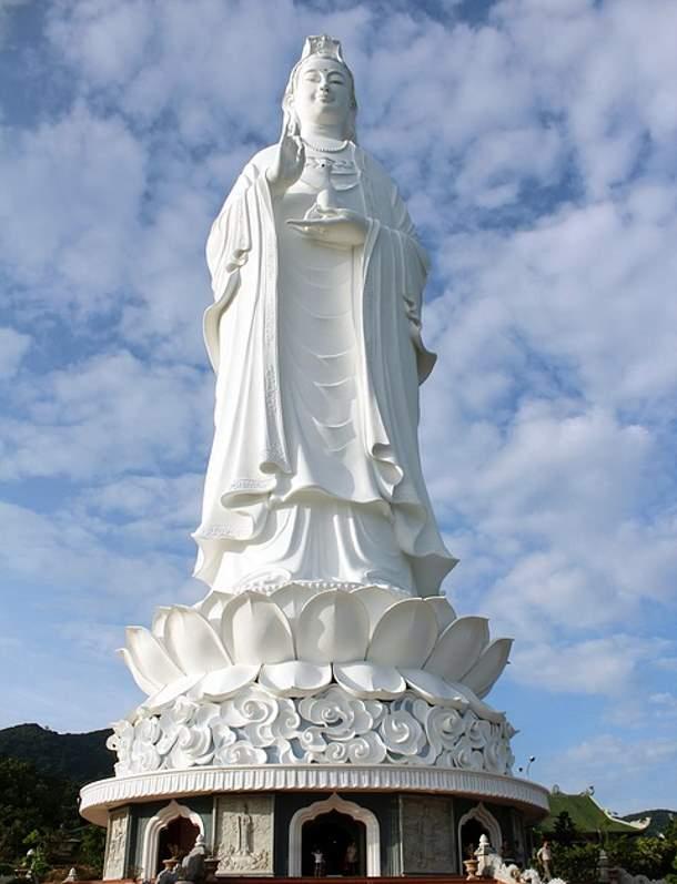 Lady Buddha, Vietnam