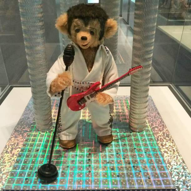 Teddy bear of Elvis Presley