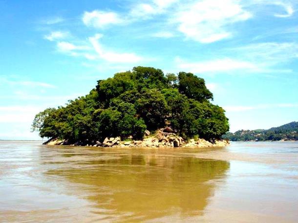 Umananda / Peacock island