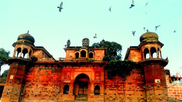 Varanasi by the day