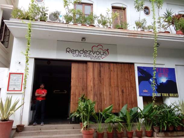 Rendezvous Cafe Restaurant