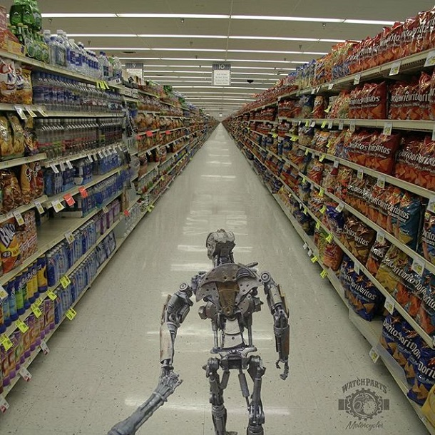 The Robots Often Shop Together Too